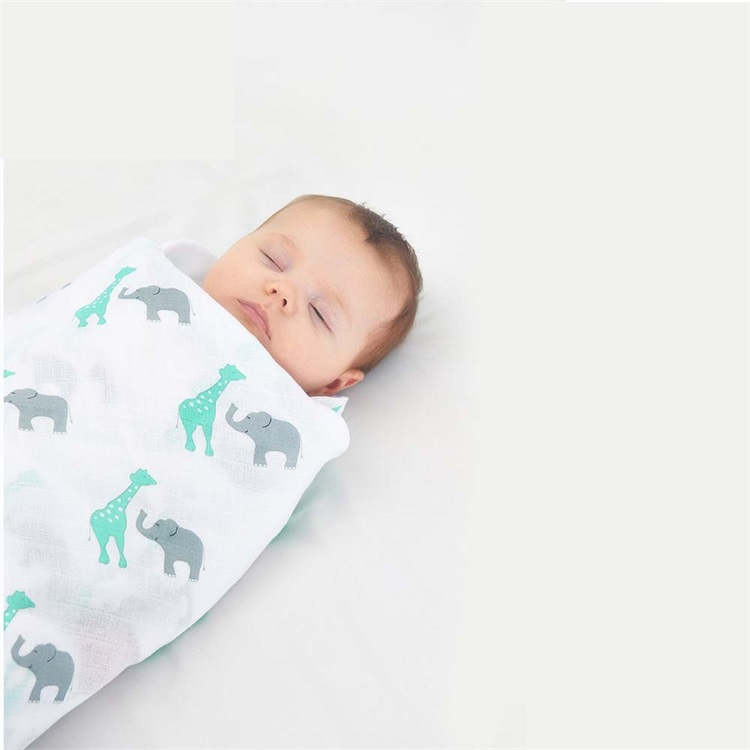 Ins Hot Super Soft 100%Cotton Customized Giraffe Printed Baby Milestone Blanket Cheap Price